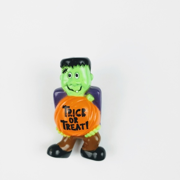 Vintage Jewelry - 🕸Vintage Trick or Treat Pin